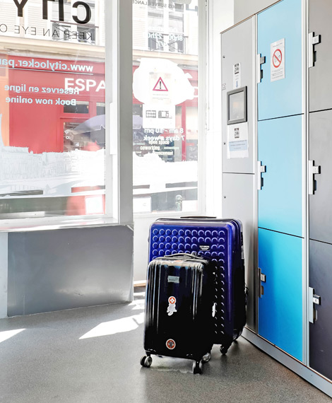 Automatic luggage lockers