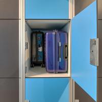 手荷物用ロッカーのサイズは次のとおりです。